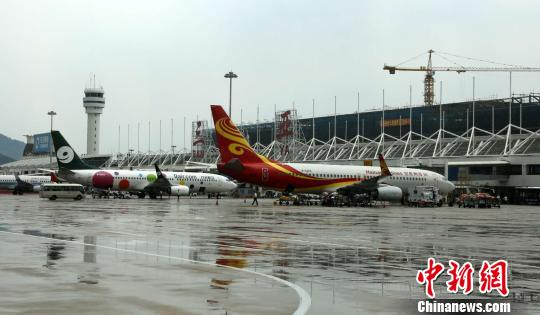 三亚凤凰国际机场。(资料图片) 尹海明 摄