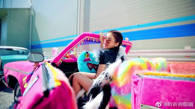维他命SOMI-BIRTHDAY,个性十足,MV中大放异彩