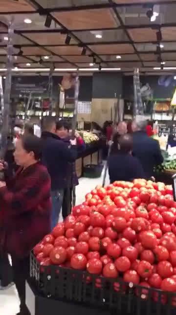 超市搞活动,笑死我了。#搞笑视频[超话]#