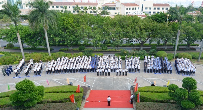 漳州开发区、招商漳州举行升旗仪式庆祝招商局集团第十六个公司日