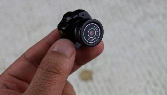 """80%酒店都装有针孔摄像头?手机可一键""""检测偷拍"""""""