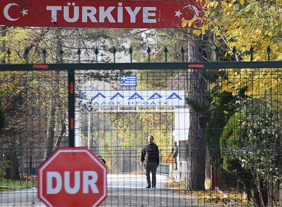动真格了:土耳其遣返外国ISIS囚犯,疑似美国成员被困边境无人区