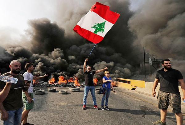 抗议活动席卷黎巴嫩多座城市 黎
