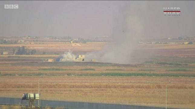 土耳其空袭后的浓烟滔滔。(图片截于BBC视频)