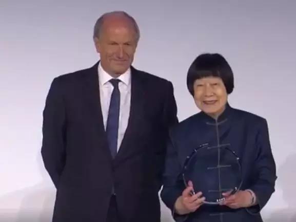 张弥曼获世界杰出女科学家奖。