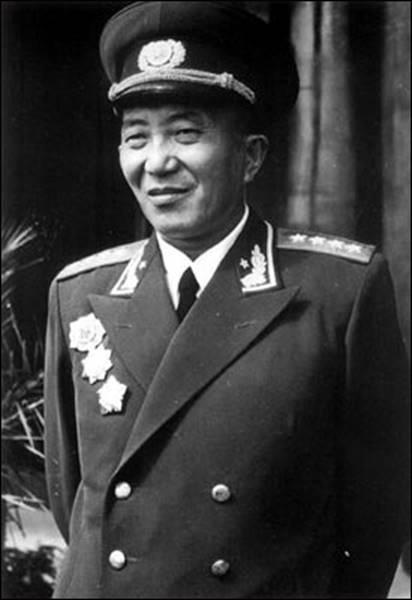 开国十大将军之一罗瑞卿出生图片