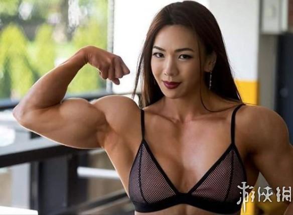 韩国金刚芭比池妍玉健身照 秀美的脸庞坚硬的身体
