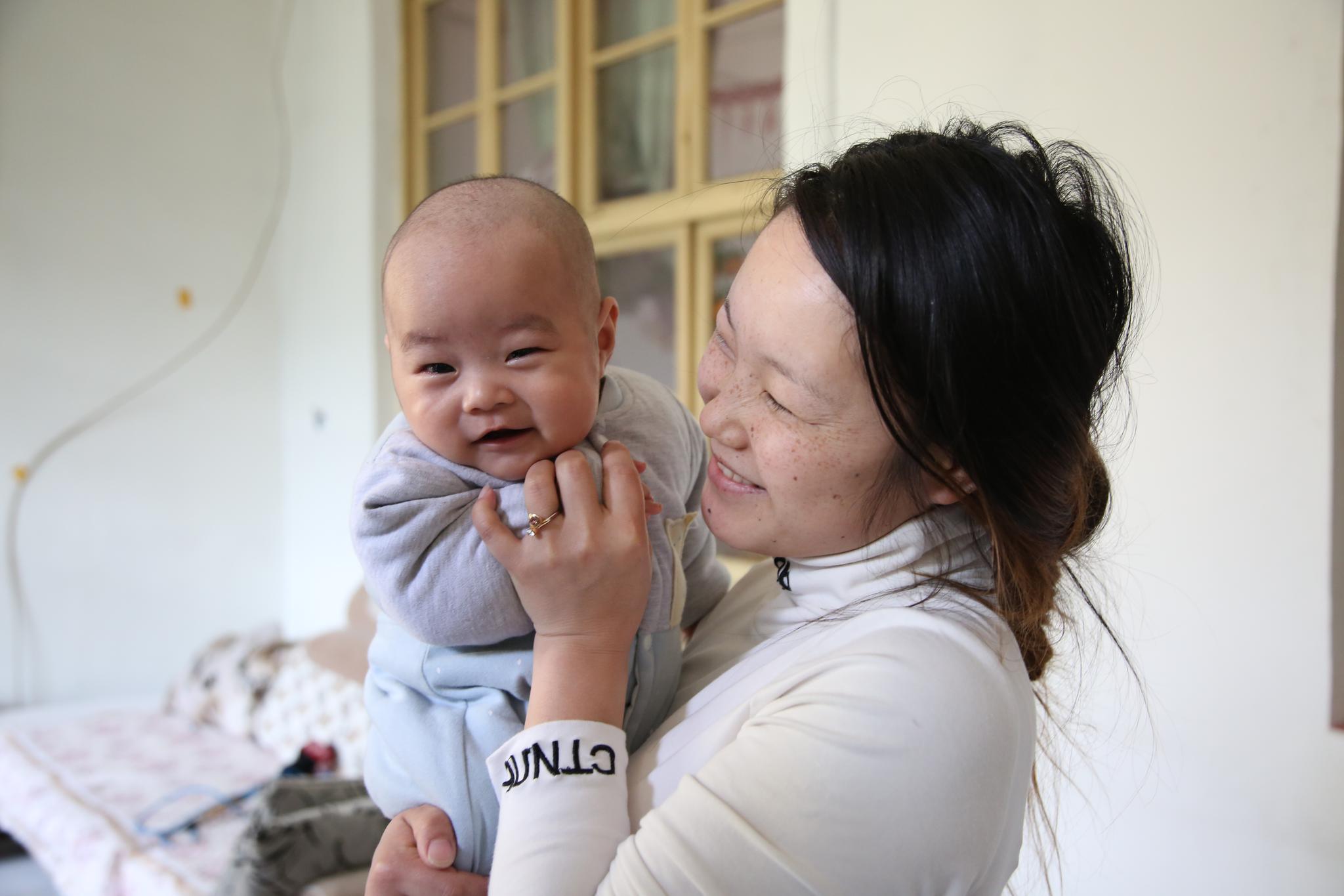 不孕多年,山东专业不孕不育医院提供诊疗一朝得子
