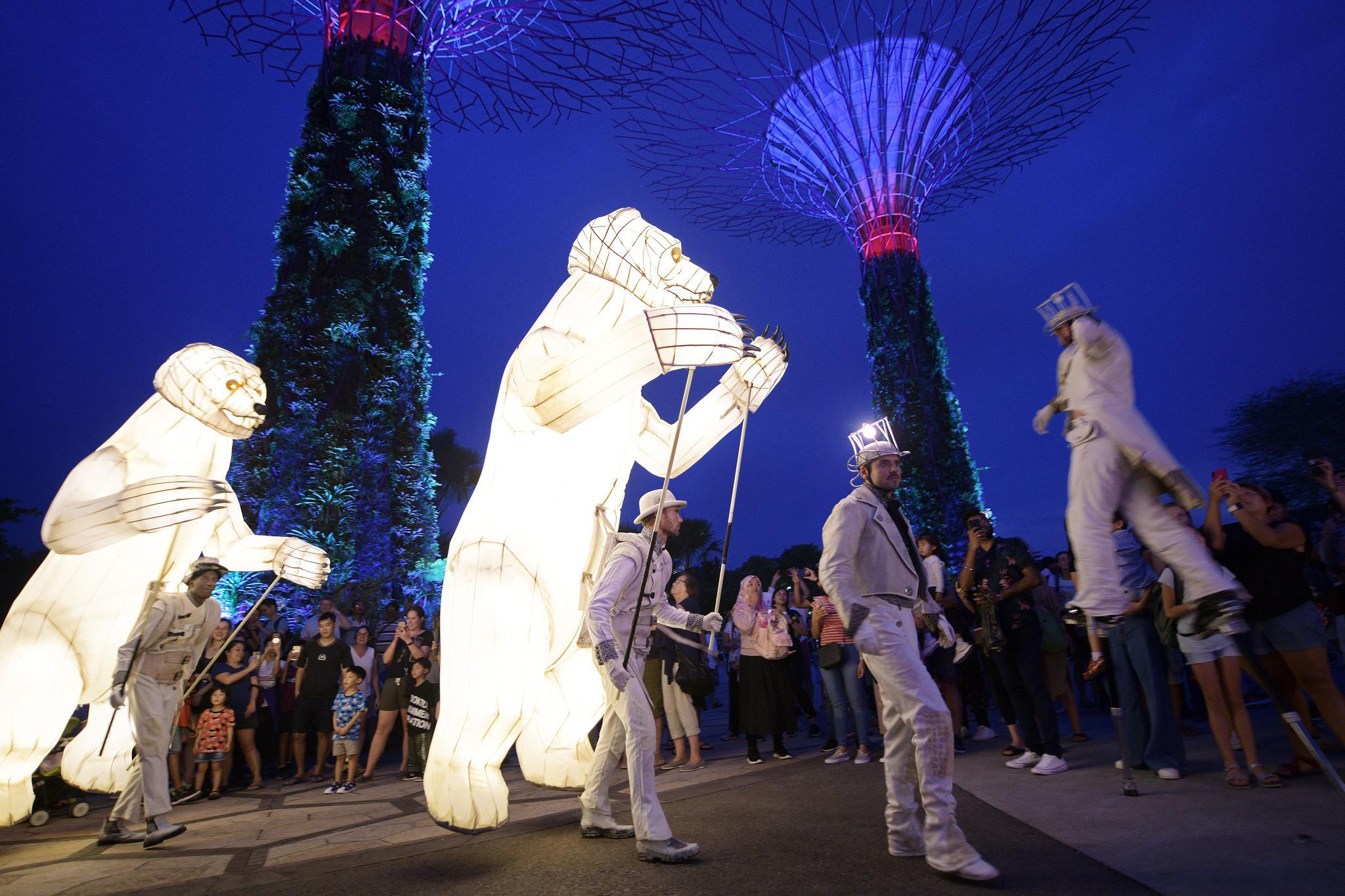 新加坡法国文化节呈现《The Bear's Mouth》表演