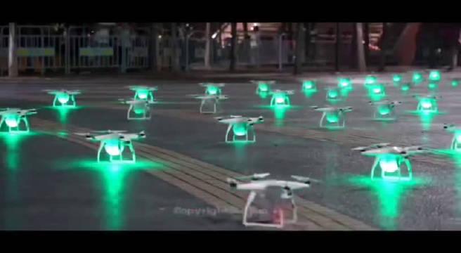 150架无人机组成的灯光秀、燃爆了金华朋友圈