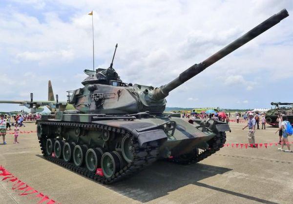 资料图:台军的M60坦克。