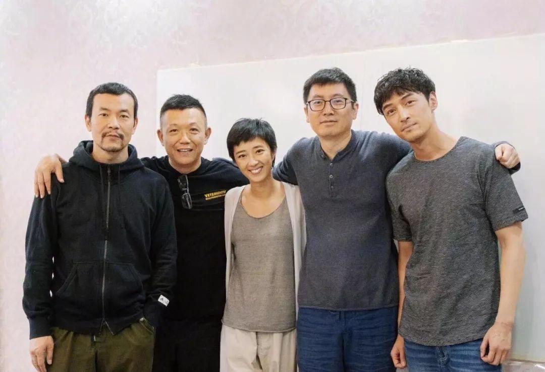 《白日焰火》导员刁亦男新作《南方车站的聚会》主创,目前正在拍摄中,预计2019年上映