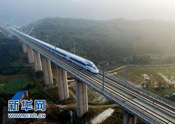 这项重大改革实施半年,重庆铁路建设发生了哪些变化?