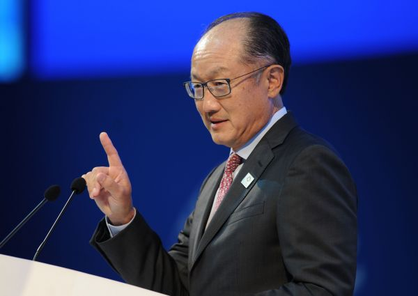 资料图片:2018年10月12日世行行长金墉在印度尼西亚巴厘岛出席国际货币基金组织(IMF)和世界银行年会。(新华社)