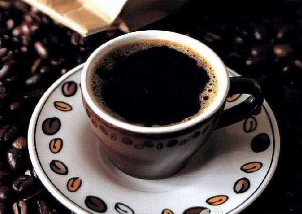 嗜饮咖啡会对身体造成哪些伤害?