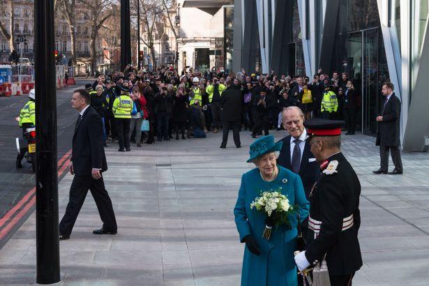 英女王代号公开 出席活动时安保人员称呼她为Sharon
