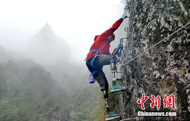 中国疾控中心:大学生返校宿舍内必要时戴口罩,宿舍
