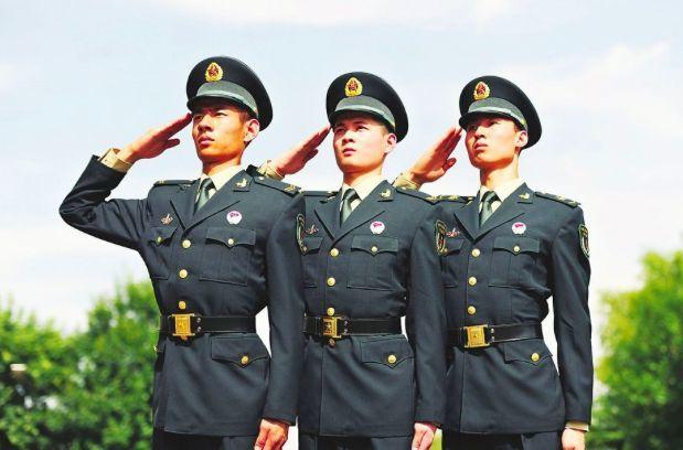 火箭军新式军服