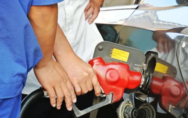 油价调整窗口开启 10月19日或价格上调