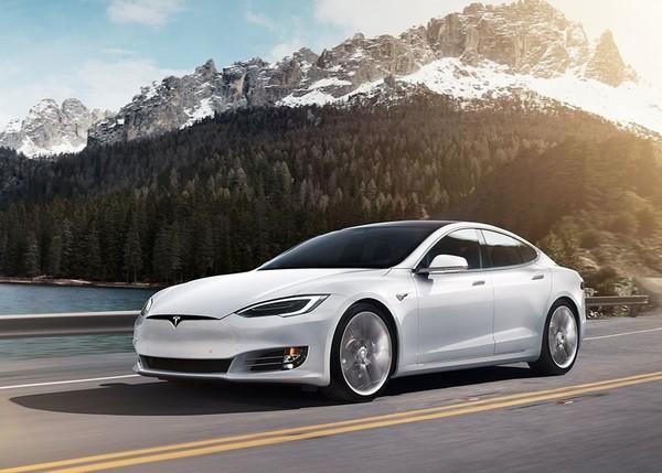 特斯拉今年已交付25.5万辆汽车 超过去年全年交付量