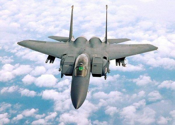 美将升级F15对抗中俄5代机 配新吊舱可探测隐形战机