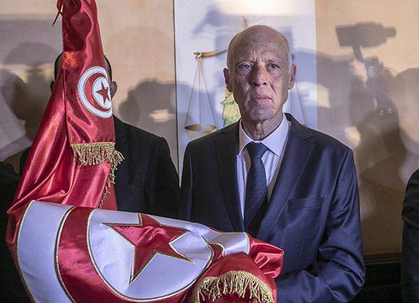没经验、没名气、不集会,突尼斯政治素人赛义德的总统之路