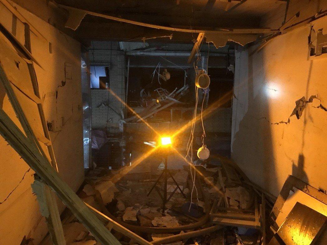 台新北瓦斯爆炸致2死5伤 疑71岁老人久病自杀引发
