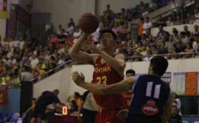 中国U18男篮又出一潜力内线!他能接班前辈吗