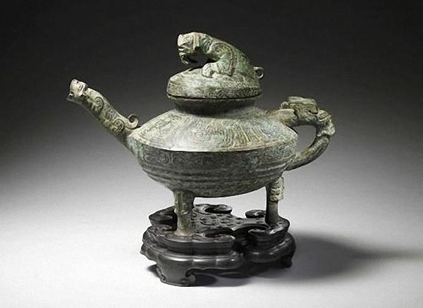 """4月11日,西周时期的稀有青铜器""""虎�v""""将在英国肯特郡拍卖。中新网 图"""