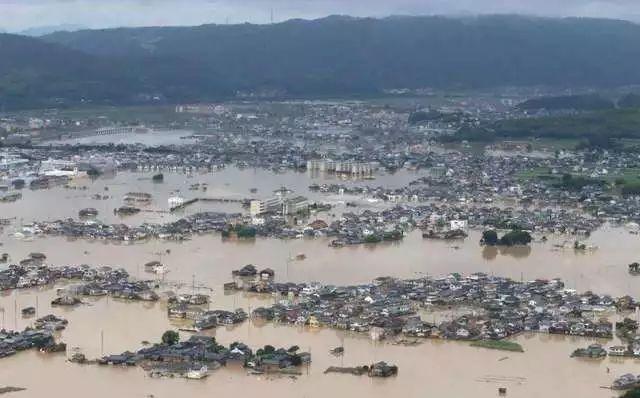 对地震游刃有余的日本 为何一场暴雨死了200多人