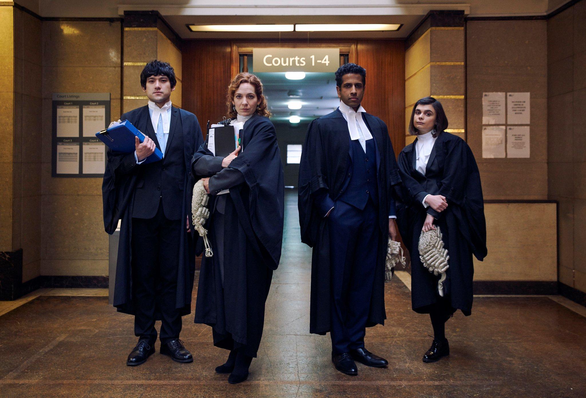 英剧《罪有可恕》:幽默的司法喜剧