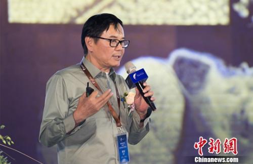 中国工程院院士崔各庄论坛讲脑科学:这个显微镜能看清大脑