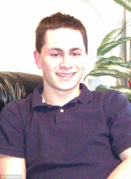 24岁男子制造得州连环爆炸案 遭围捕时引爆自尽