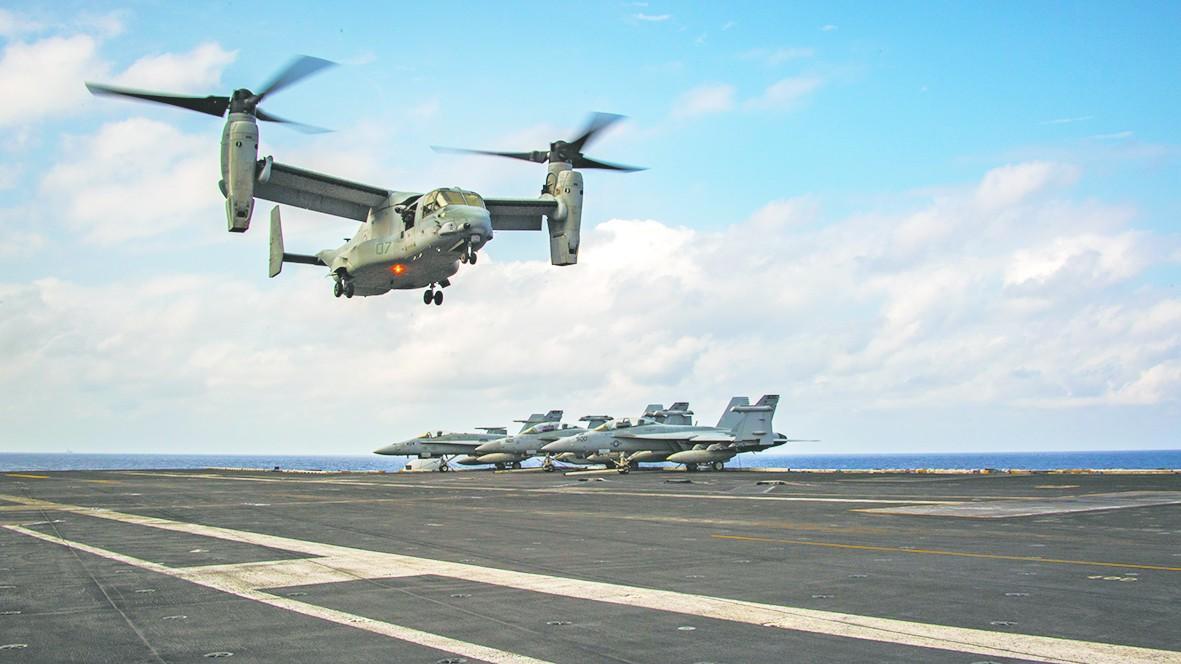 美日航母在南海演练反潜防空 美媒称针对中国核潜艇