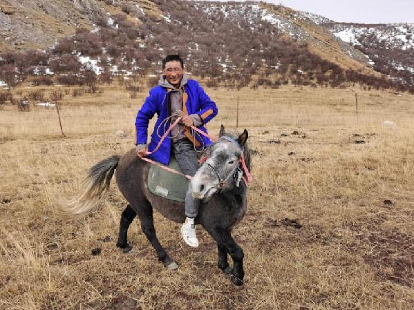 青海玛沁:邮储扶贫小额贷款 牧民金融头脑加油站