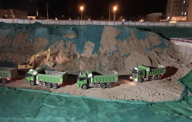 苹果园综合交通枢纽工程最新进展!南区6月底将完成基础垫层!