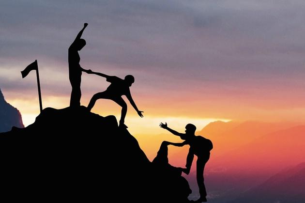 """企业家谈民营企业的挑战和发展:要坚守""""打笨仗""""精神"""