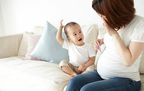 看孕婦肚型判斷生男生女?倒不如看看這些因素