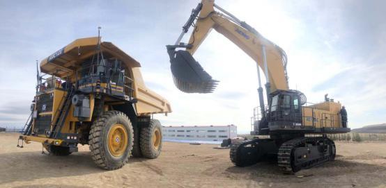 矿山无人运输系统示范工程首批装备在中国黄金集团装配完成