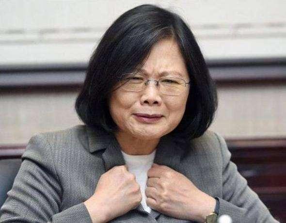 """封蔡英文""""武林盟主"""" 这位台湾教授要把金庸气哭?12306怎么进不去"""