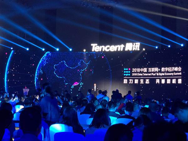 刘强东称京东不是电商公司 年内每天要开1千家便利店