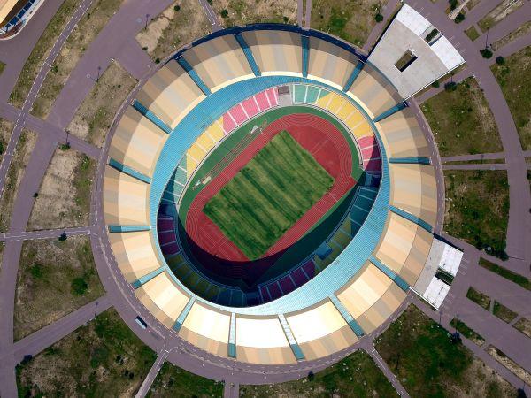 刚果(布)由中国建筑股份有限公司承建的布拉柴维尔体育中心,也是第11届非洲运动会的承办地。(资料图片)