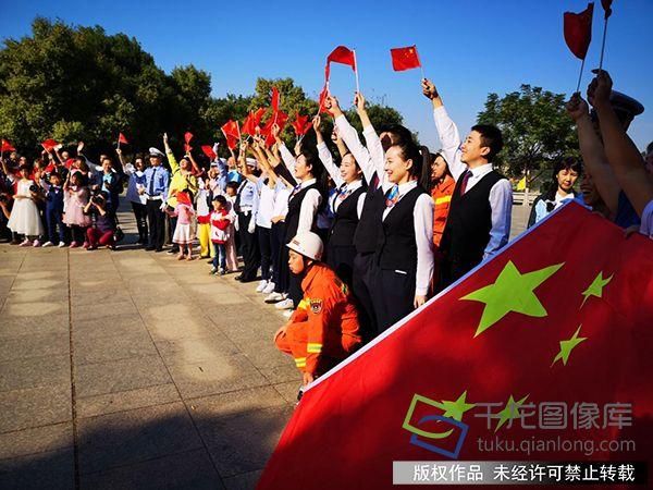 """江西赣州国庆期间举办""""读书中国·今天是你的生日""""群众活动"""