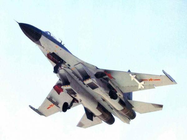圖爲中國空軍殲-11戰鬥機