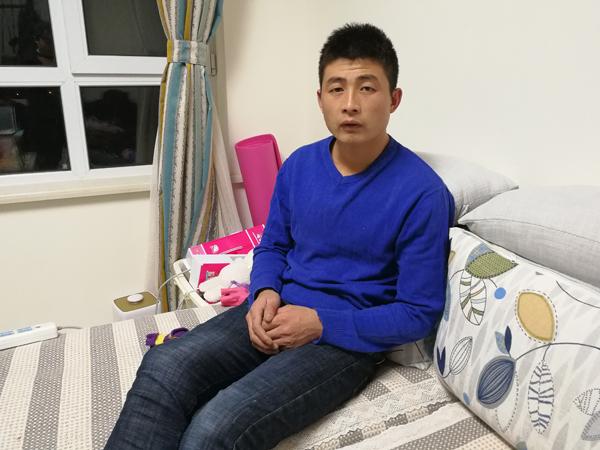 黑龙江省依安县人孙海达曾被强迫劳动5年,获救后在哥哥家居住。 澎湃新闻记者 朱远祥 图