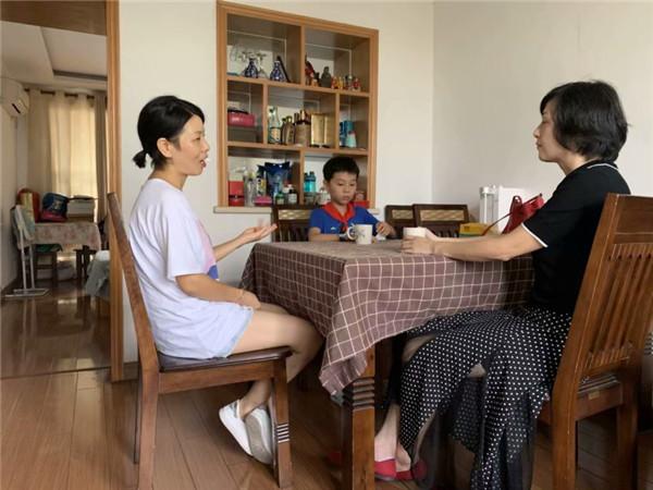 合肥市安庆路第三小学安庆路校区家访助力学生健康成长