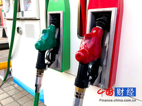 沙特油田遇袭原油期货飙升 国内油价18日或迎年内第11涨