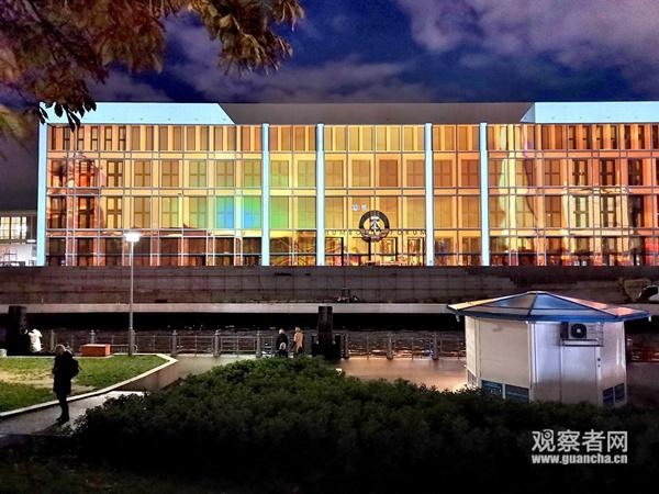 网上娱乐大红鹰-王岐山出席庆祝中国—阿联酋建交35周年招待会