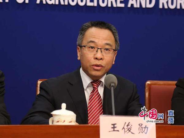 中国发布丨农业农村部:1-9月全国生鲜乳、乳制品产量同比分别增长5.2%、8.8%