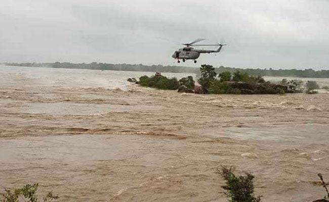 印度北方邦暴雨导致16人死亡